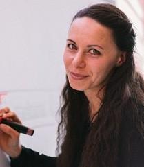 Liane Hoder